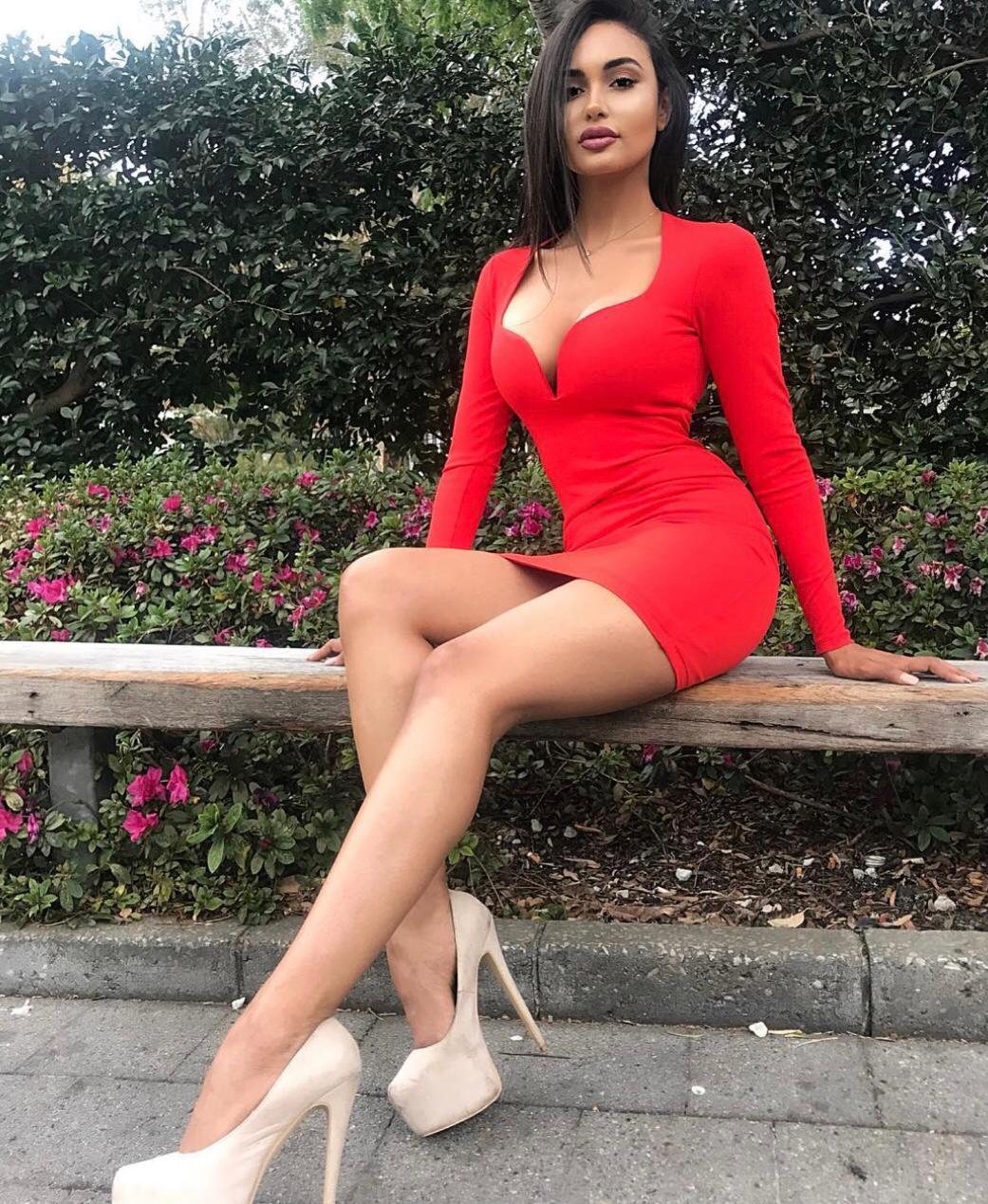 הבחורה הכי סקסית בתל אביב